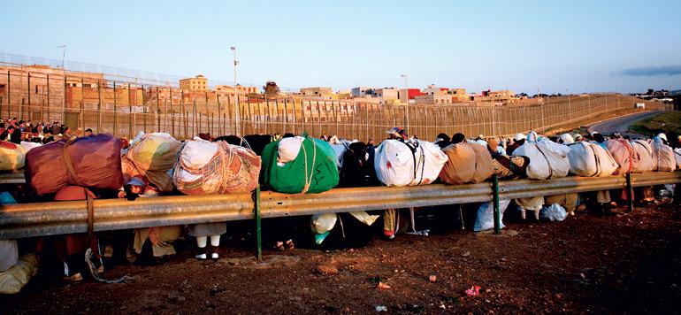 Contrebande : vers le basculement du rapport  de force à la frontière Sebta/Fnideq