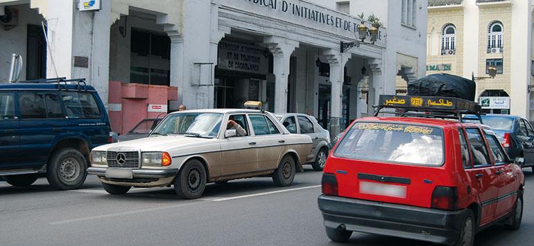 La wilaya de Casablanca veut mettre de l'ordre dans le transport par petits taxis