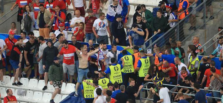 Euro 2016 : La Russie exclue, en cas de nouvel incident