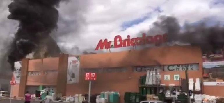 Marrakech : incendie dans Mr. Bricolage