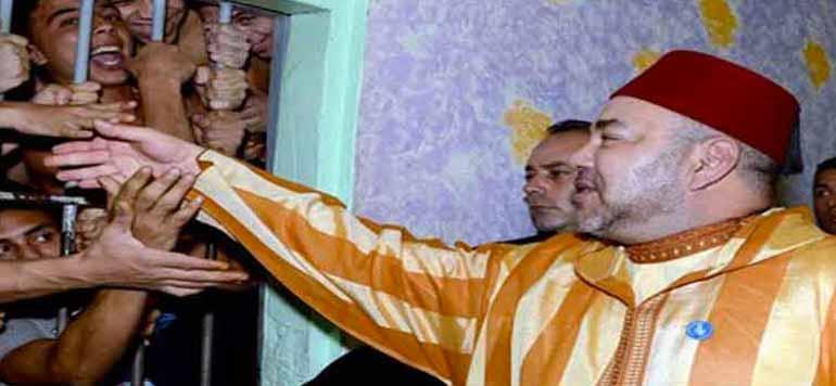 SM le Roi Mohammed VI visite la prison de Okacha