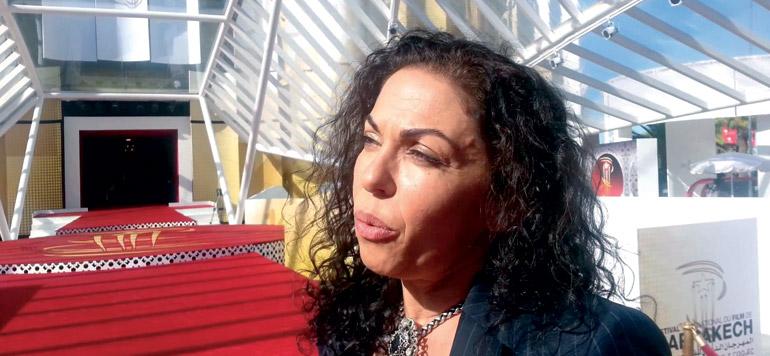 Soumaya Akaâboune, une tête dans les étoiles