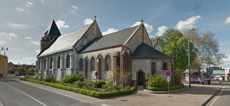 France: prise d'otages dans une église, un mort et deux agresseurs «neutralisés»