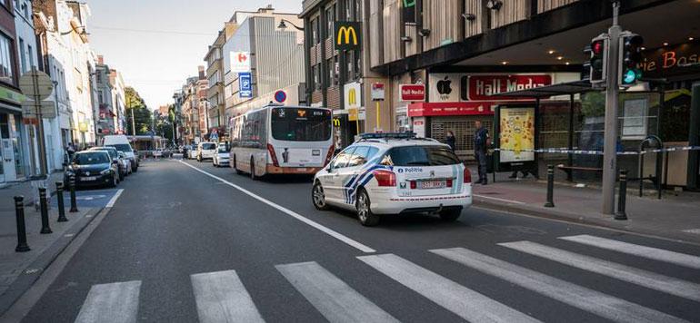 Belgique : Une femme agresse au couteau des passagers dans un bus