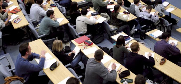 ENSEIGNEMENT : Les programmes de formation en perpétuelle actualisation