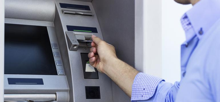 Le réseau bancaire franchit la barre des 7 000 GAB en 2017