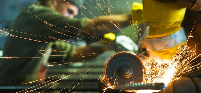 L'industrie consomme de plus en plus de capital que de main-d'œuvre