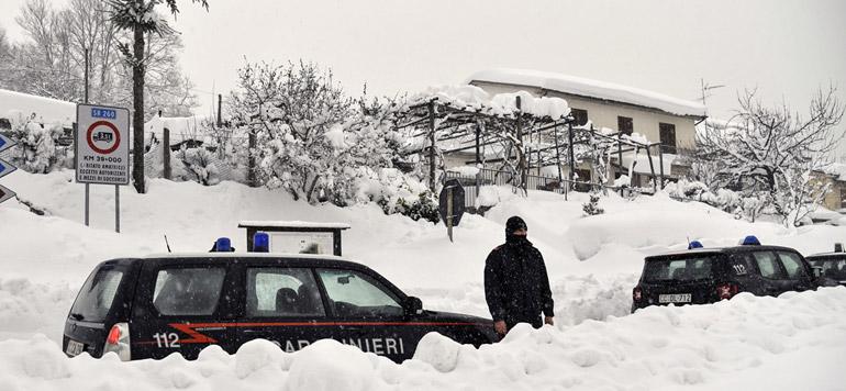 Séisme en Italie: plusieurs morts dans un hôtel touché par une avalanche