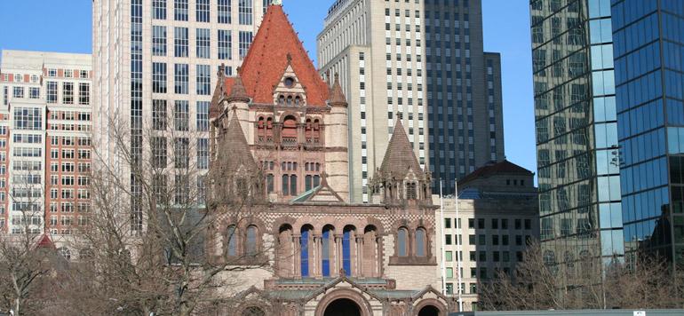 Vidéo : Un appel à la prière retentit dans une église de Boston contre le décret de Trump
