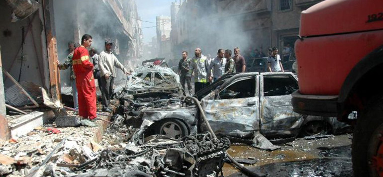 Syrie: «six morts» dans les bombardement américains