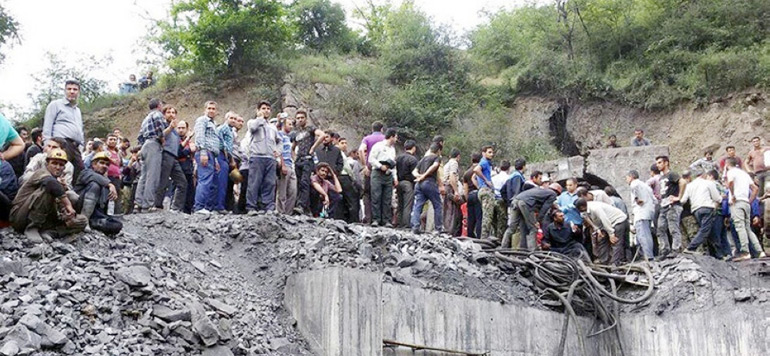 Iran: au moins 21 morts dans l'effondrement d'une mine