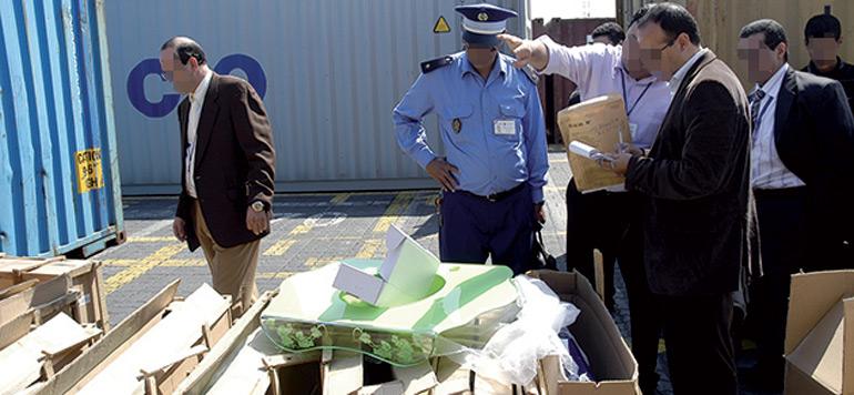 Contrefaçon : seulement 10 à 15% des importations contrôlées par la Douane