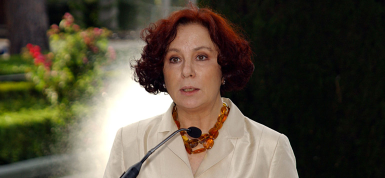 Ana Palacio s'insurge contre le journal espagnol ABC
