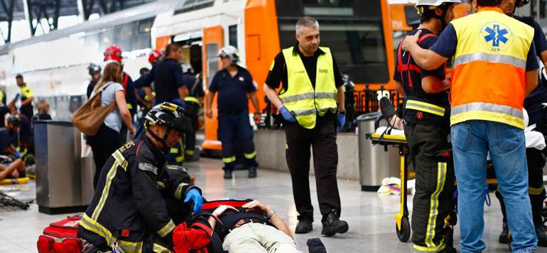 Barcelone : 54 personnes blessées dans un accident de train