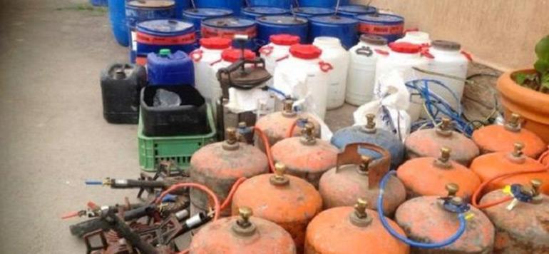 Béni Mellal: Saisie d'une importante quantité d'eau-de-vie et démantèlement de 4 distilleries clandestines