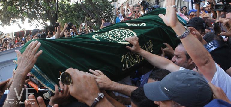 Casablanca : Les images émouvantes des funérailles de Dolmy