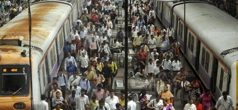 Inde: 15 morts et plusieurs blessés dans une bousculade à la gare de Bombay
