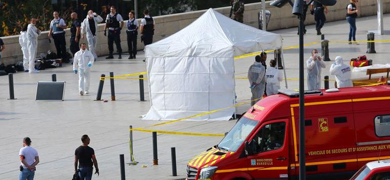 France : Deux morts dans une attaque au couteau à Marseille, la piste terroriste envisagée