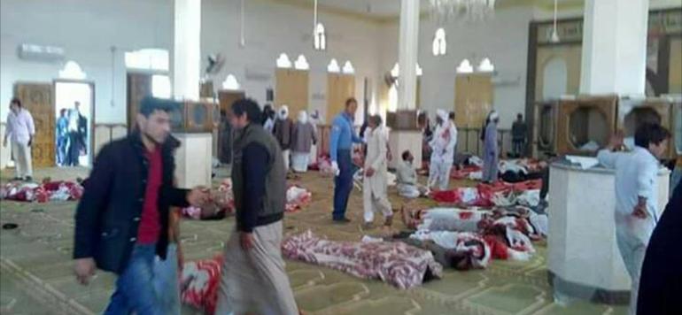 Egypte : 85 morts dans l'attaque d'une mosquée dans le Sinaï