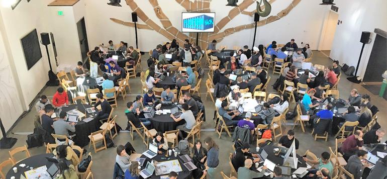 Les entreprises s'approprient le hackathon pour favoriser l'innovation
