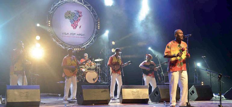«Visa for Music»: Le théâtre national Mohammed V vibre aux rythmes africains du groupe «Jouvay Fest»