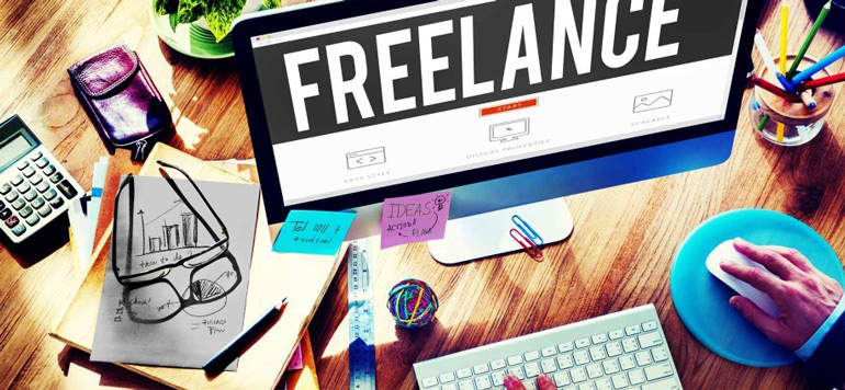 Etre salarié et free-lancer en ligne séduit du monde
