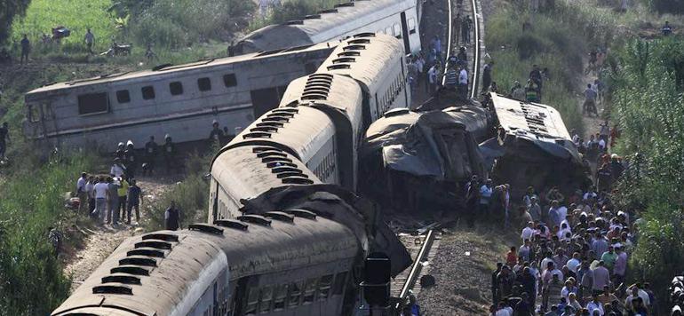 Egypte: au moins 10 morts et 15 blessés dans une collision ferroviaire