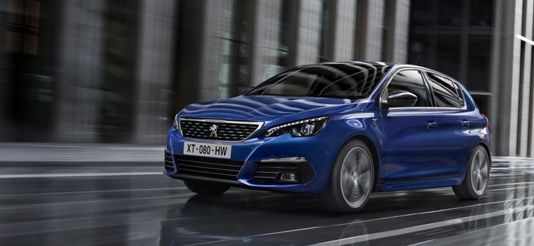 La nouvelle Peugeot 308 : design racé et capacités relevées