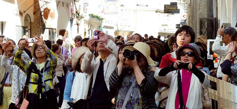 Hôteliers et voyagistes déroulent le tapis rouge aux touristes chinois