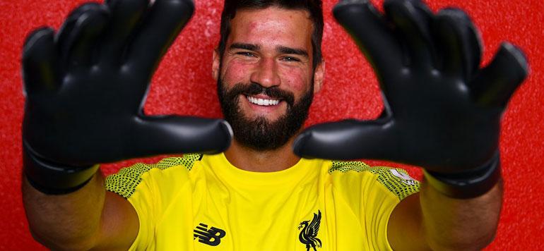 Liverpool  : Alisson devient le gardien le plus cher de l'histoire