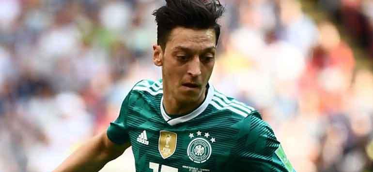 Affaire Özil : le patron de la Fédération allemande admet une erreur