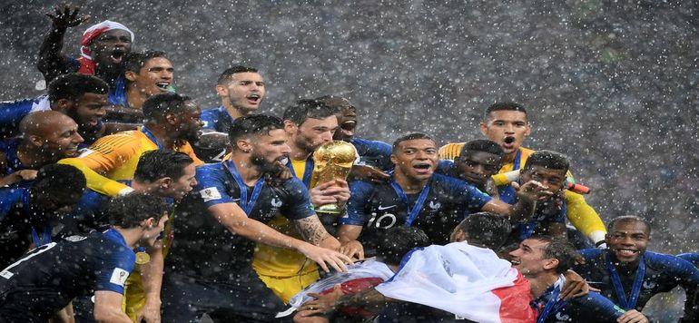 La France prend la tête du classement FIFA