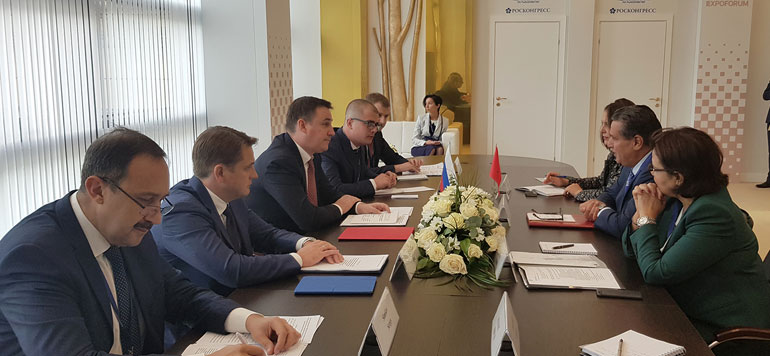Aziz Akhannouch rencontre ses homologues russes
