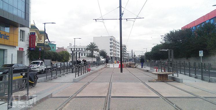 Tramway. Démarrage de la marche à blanc de la T2