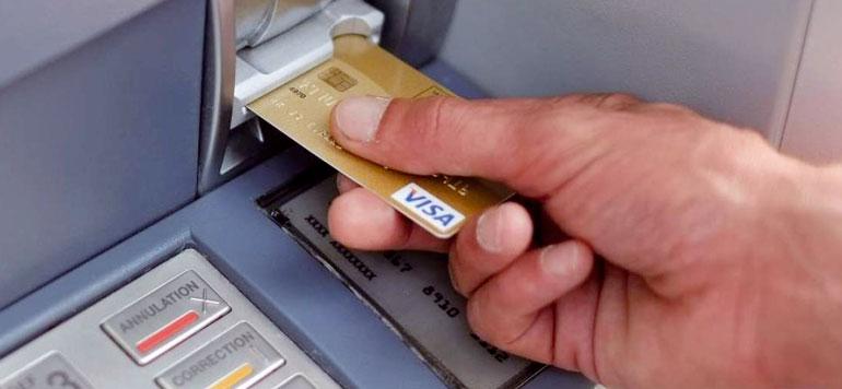 Plus du tiers des clients particuliers recourent au découvert bancaire
