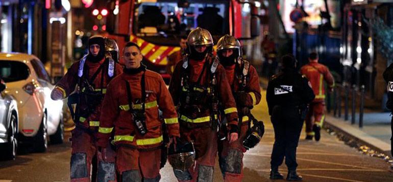 Un incendie fait 8 morts à Paris, la thèse criminelle privilégiée