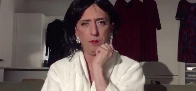 """Vidéo. Gad Elmaleh répond aux accusations de plagiat sous le personnage """"Chouchou"""""""